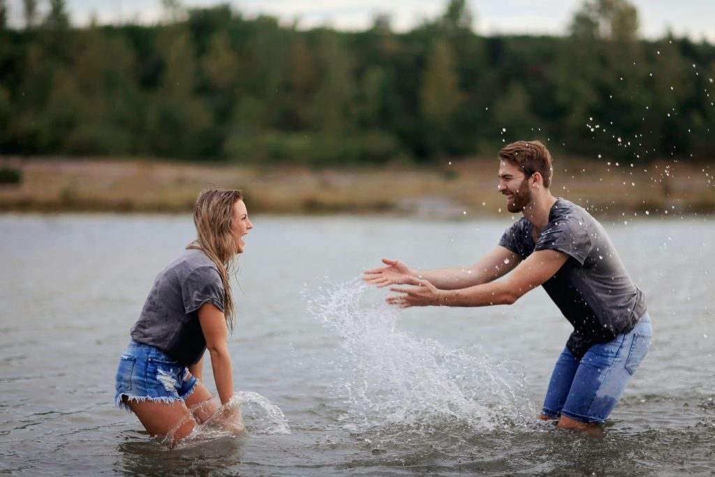 Activities for couples fall back into childhood section's illustration water fight